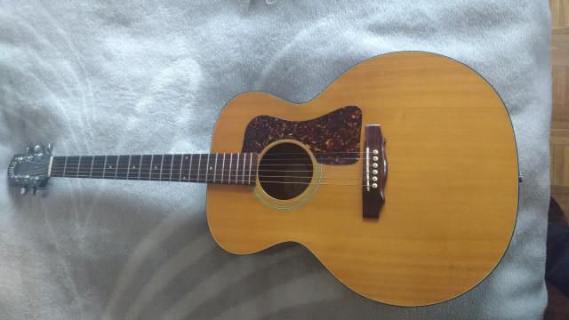 guitarra acustica Guild F25 NT