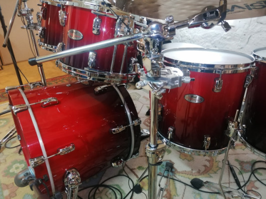 PEARL REFERENCE SCARLET FADE