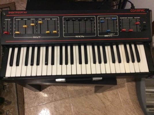 Organo Sintetizador Sovetico Estradin 314 - Solaris