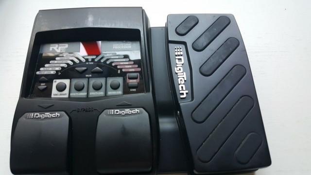 Pedalera Multiefectos Digitech RP90