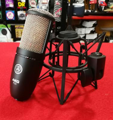 Akg P220 Micrófono de condensador