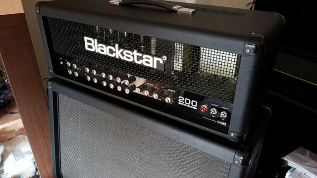 O CAMBIO BLACKSTAR SERIES ONE 200