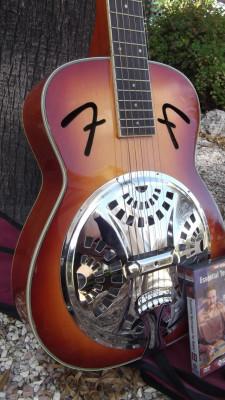 Fender FR50 Square Neck Resonator Guitar