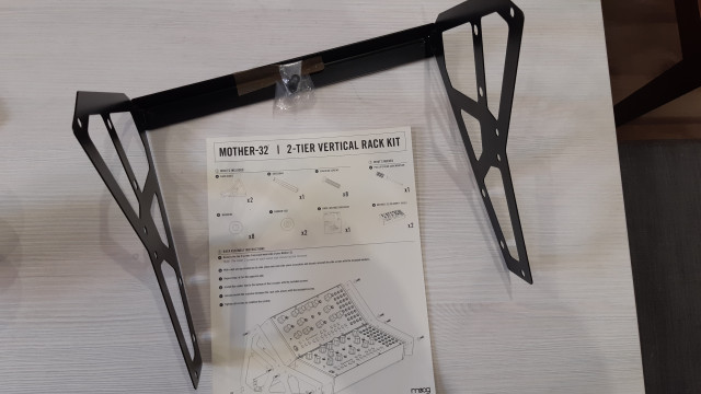 Moog 2 tier rack