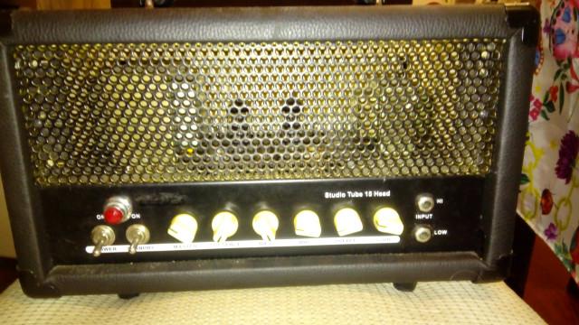 /cambio cabezal amplificador Fame studio tube 15