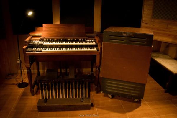 Estudio de Grabación profesional en Madrid con Hammond B3