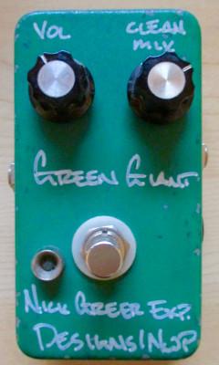 Distorsión  GREEN GIANT