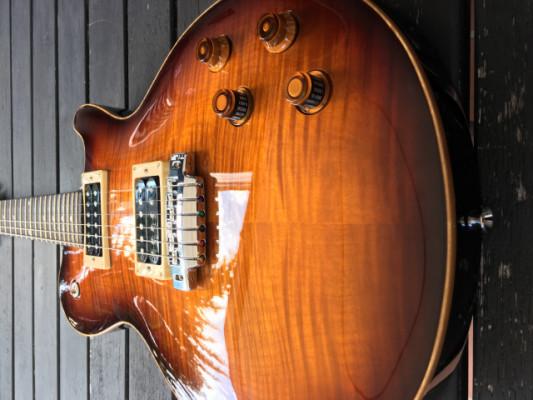 Line 6 JTV-59 James Tyler Variax Guitarra Tobacco Sunburst