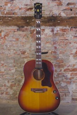 "Gibson J-160E ""John Lennon""(1967)"