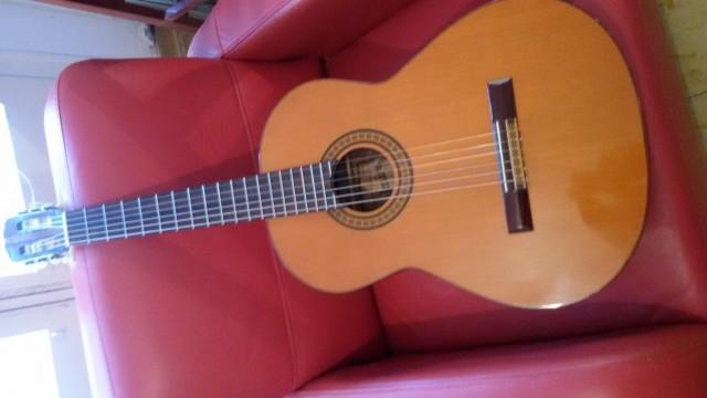Guitarra Admira , -SUSANA -