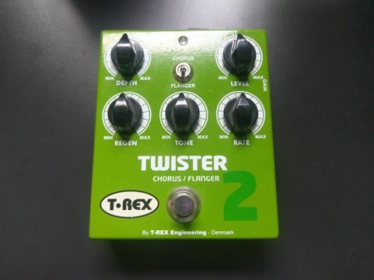 T rex twister 2