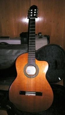 Guitarra Manuel Rodríguez Modelo A Cutaway