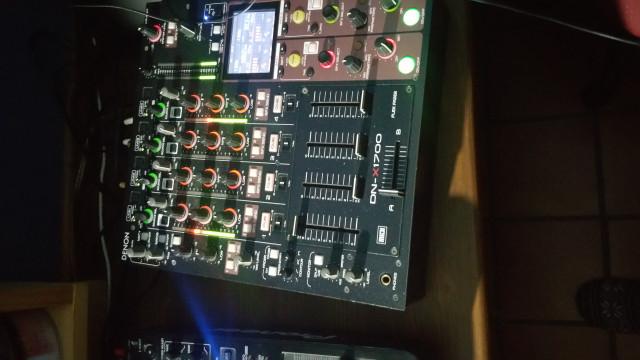 Pareja de CDJ-1000MK3 + mixer Denon DN-X1700
