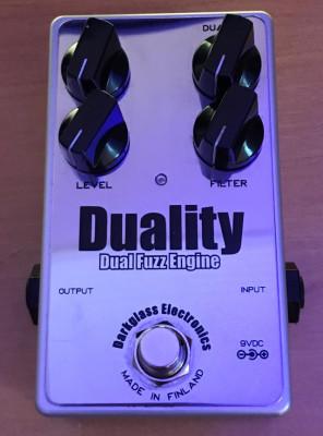 Duality fuzz darkglass(para bajo)