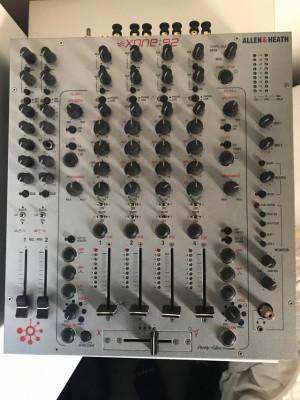 Mesa de mezclas Allen&Heath Xone92