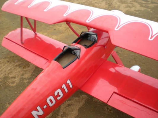 avion rc super stearman