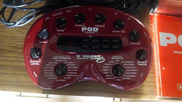 POD 2.0 Line6 primera generación   (Pedal FB4 footswitch vendido)