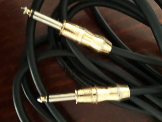 Cambio. Cable Monster para guitarra eléctrica