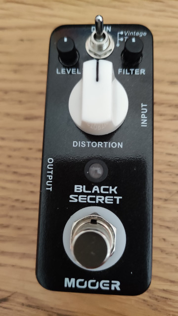O cambio Mooer black secret