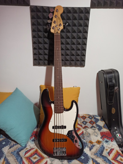 Fender Player Jazz Bass 5 cuerdas.