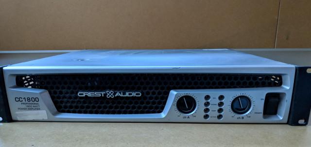 Amplificador Crest Audio CC1800