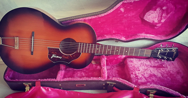 Guitarra acustica Framus Amateur 5/1  parlor vintage de los 60 (VIDEO)