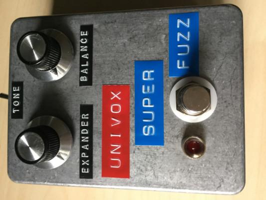 Clon Univox SuperFuzz (fuzzdog pedals UK)