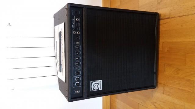 Amplificador para bajo Ampeg BA-210 v2
