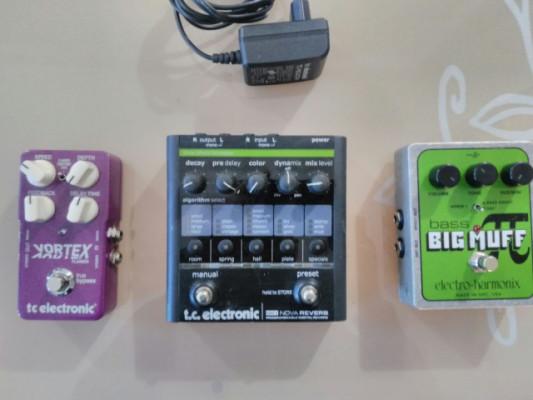 TC electronic nova reverb vortex y EH big muff bass por sinte