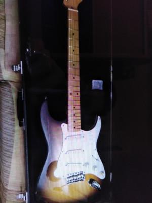 Fender '57 japan 3.3 kg 1995 - 1996 estuche rígido