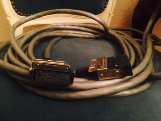 Cable 21 pin para guitarra sintetizada Roland