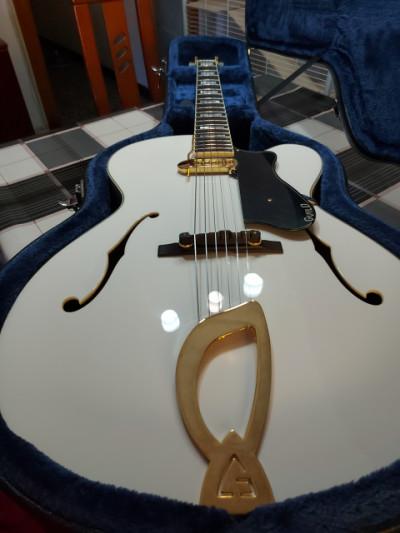Guild A-150 Savoy Special Snowcrest White