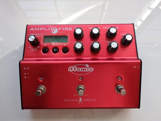 ATOMIC AMPLIFIRE 3 PULSADORES + extras