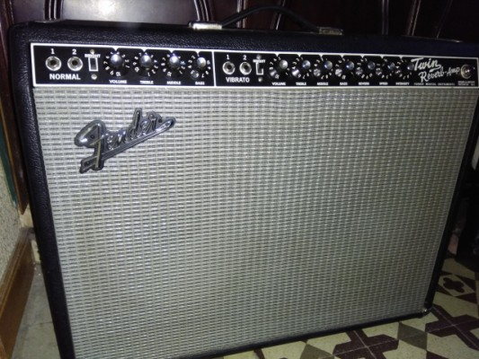 Vendo fender twin reverb 65