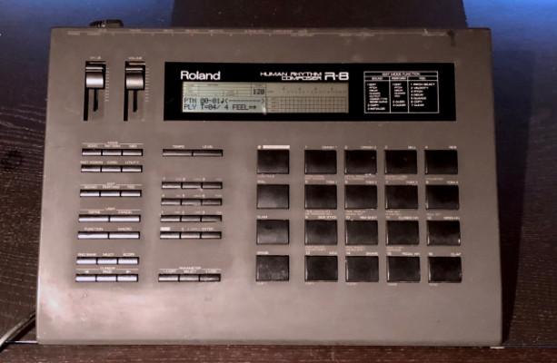 Roland R8 - rhythm composer