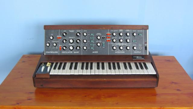 Alquilo Minimoog del año 1972