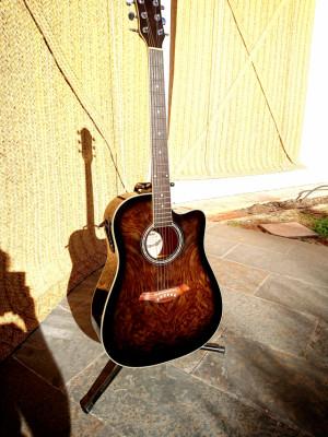 Guitarra electroacústica ADONIS