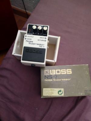 Boss NS - 2 (noise supresor)
