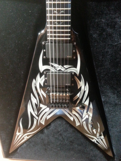 B.C Rich kkv signature