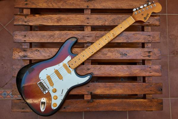 Maya Stratocaster Made in Japan