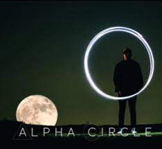 Alpha Circle busca bajista