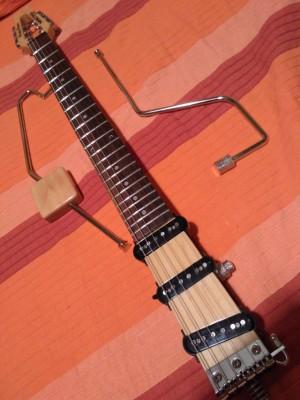 Guitarra de viaje Harley Benton Ministar Castar II
