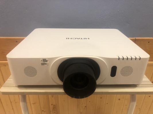 Proyector Hitachi cp-wu8440 4200lm. wuxga fullHD