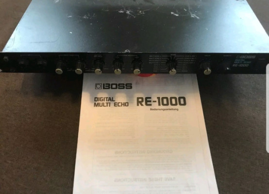 Boss RE-1000 digital multi echo reverb