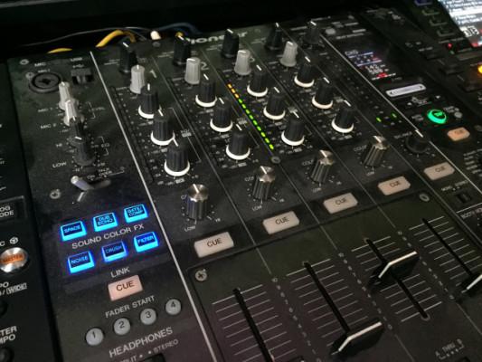 CABINA PIONEER DJ NEXUS