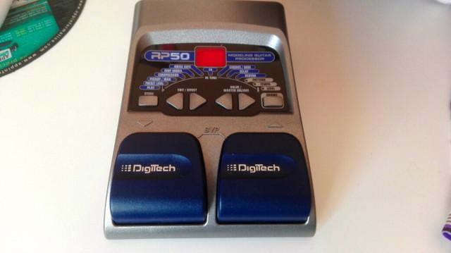 Pedal de efectos Digitech RP50