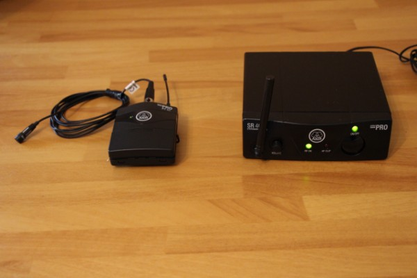 Inalámbrico Solapa y Diadema AKG SR40 Mini Pro