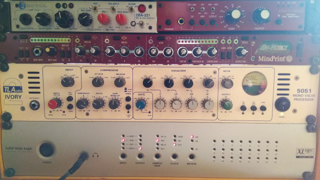 TLAudio 5051 Ivory 2 o cambio por MD421