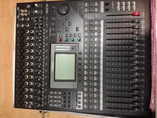 Mesa de Mezclas Yamaha 01V96i