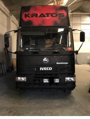 Camion Iveco 7 Plazas